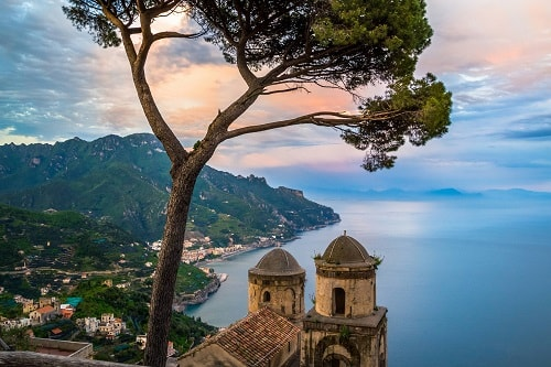 Ravello. Wedding Planner in Amalfi Coast and Puglia. Mr and Mrs Wedding in Italy