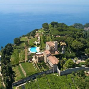 1 Villa Cimbrone. Ravello. Wedding Planner in Amalfi Coast and Puglia. Mr and Mrs Wedding in Italy