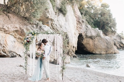Beach wedding. Puglia. Wedding Planner in Amalfi Coast and Puglia. Mr and Mrs Wedding in Italy