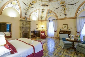 Accomodation. Services. Wedding Planner in Amalfi Coast and Puglia. Mr and Mrs Wedding in Italy