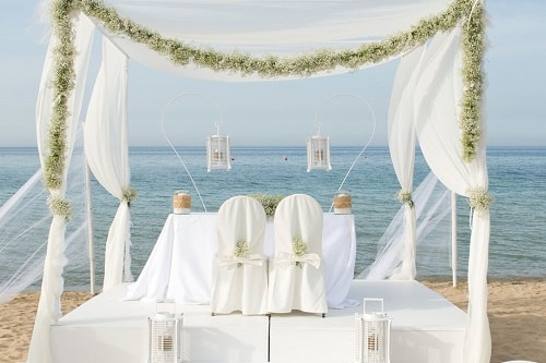 Beach Wedding. Wedding Planner in Amalfi Coast and Puglia. Mr and Mrs Wedding in Italy