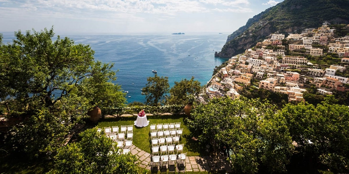Gardens. Wedding Planner in Amalfi Coast and Puglia. Mr and Mrs Wedding in Italy