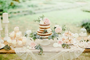 Services. Wedding Cake. Wedding Planner in Amalfi Coast and Puglia. Mr and Mrs Wedding in Italy