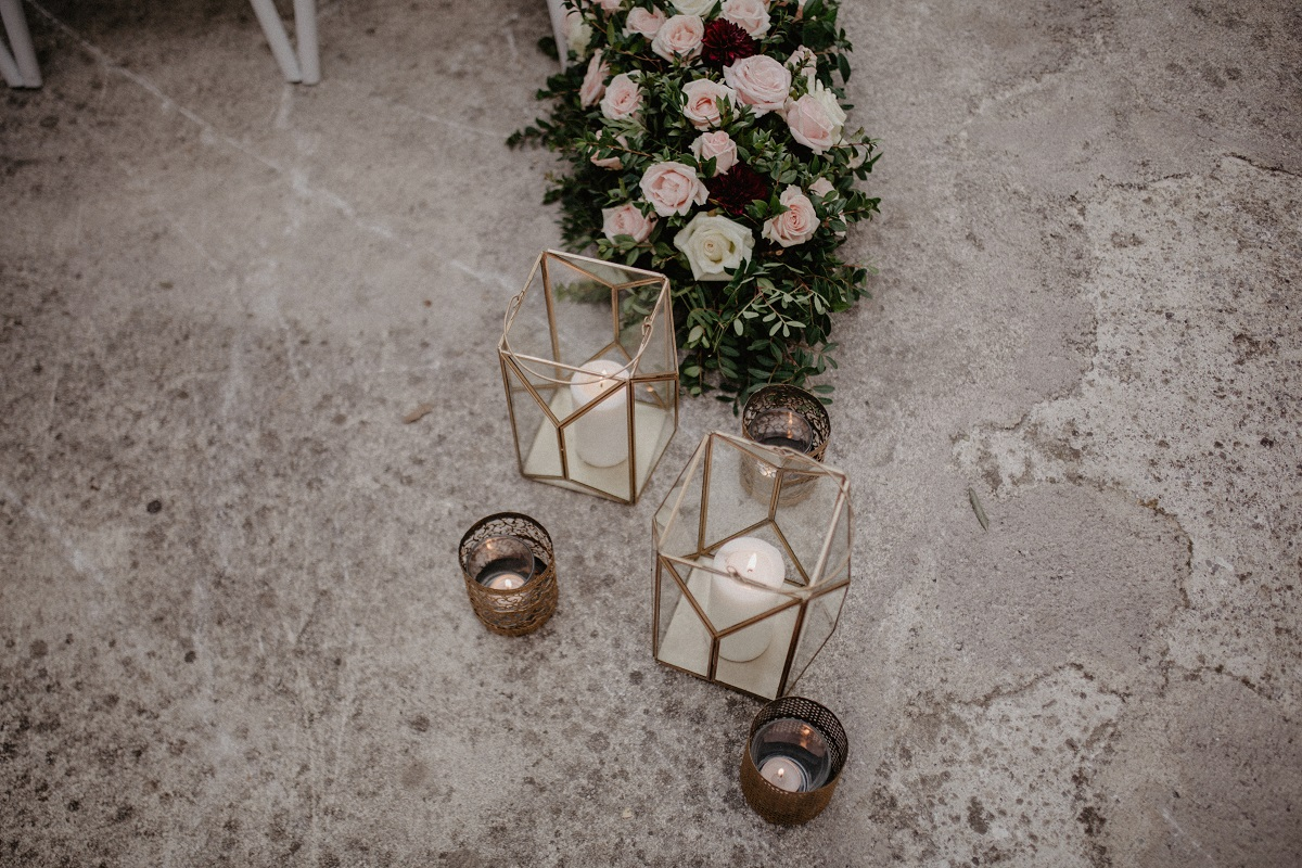 Shannon and Ross Wedding in Amalfi -lanterns