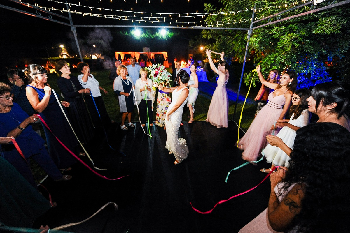 the launch of the bride's bouquet - Daniela and Andrea Ravello wedding