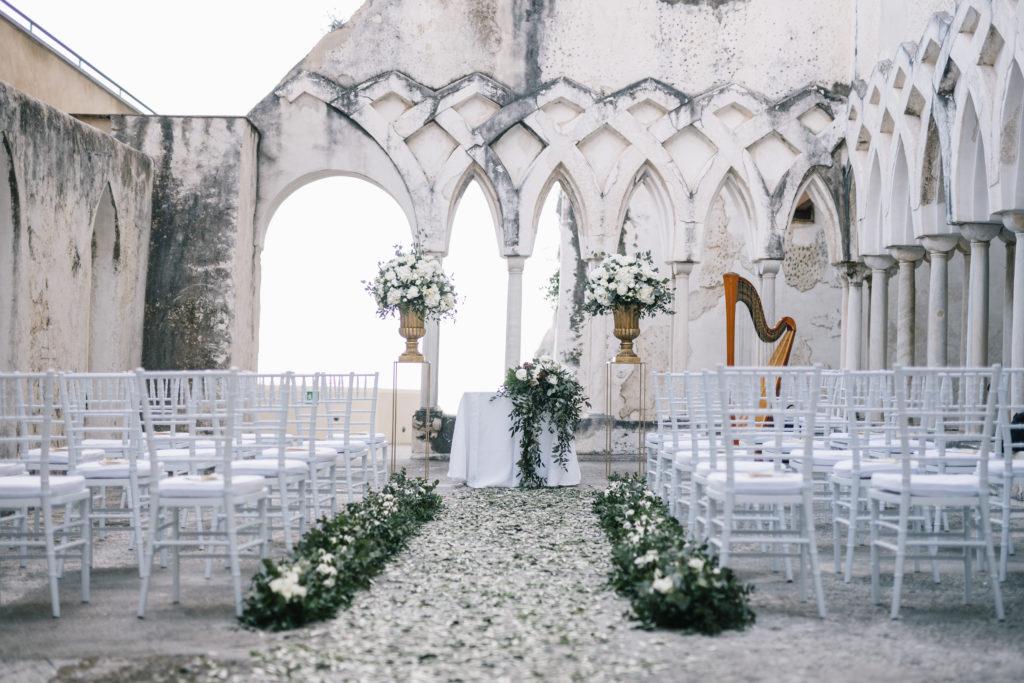 NH Grand Convento di Amalfi cloister