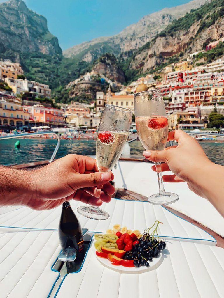 boat tour in Positano