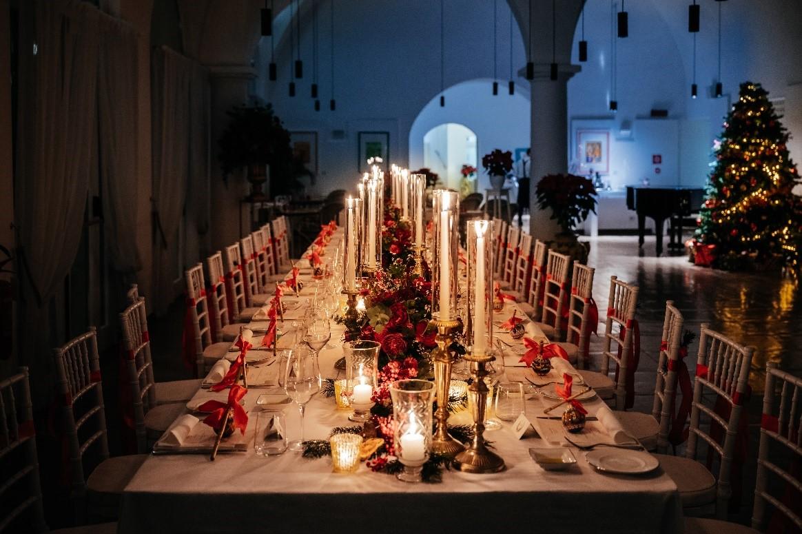 xmas wedding chairs decoration