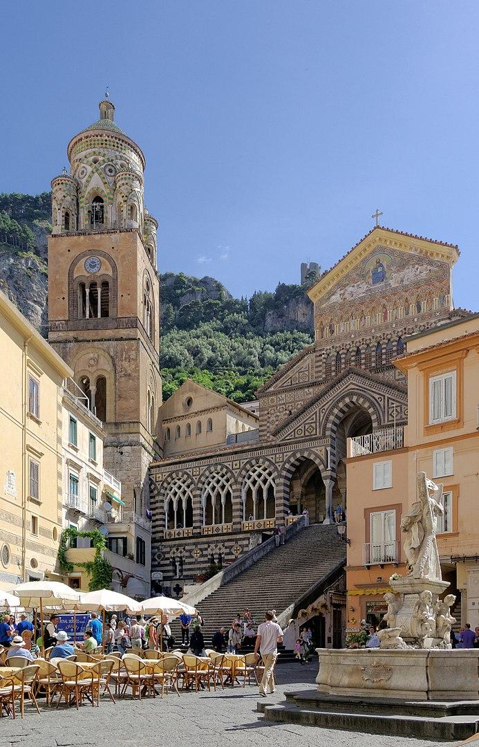 Credits:  https://it.wikipedia.org/wiki/Duomo_di_Amalfi