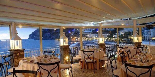 4 Rada Restaurant. Wedding Planner in Amalfi Coast and Puglia. Mr and Mrs Wedding in Italy
