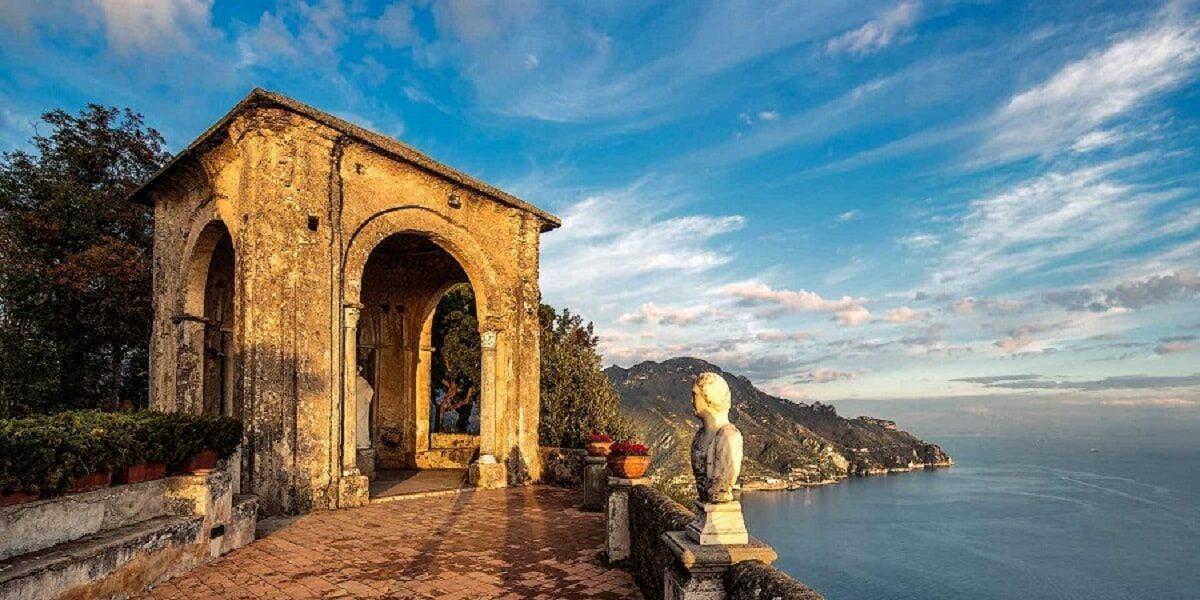 Villa Cimbrone . Ravello. Wedding Planner in Amalfi Coast and Puglia. Mr and Mrs Wedding in Italy
