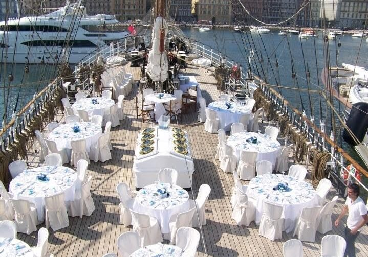 Wedding on board. Wedding Planner in Amalfi Coast and Puglia. Mr and Mrs Wedding in Italy