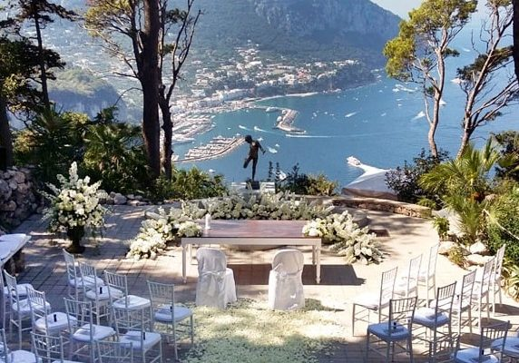 Capri. Special. Wedding Planner in Amalfi Coast and Puglia. Mr and Mrs Wedding in Italy